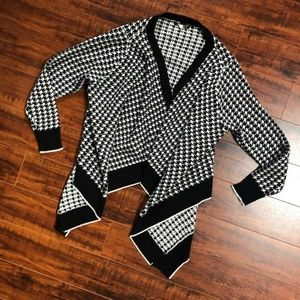 Vintage HiLo Black White Open Front Sweater Jacket